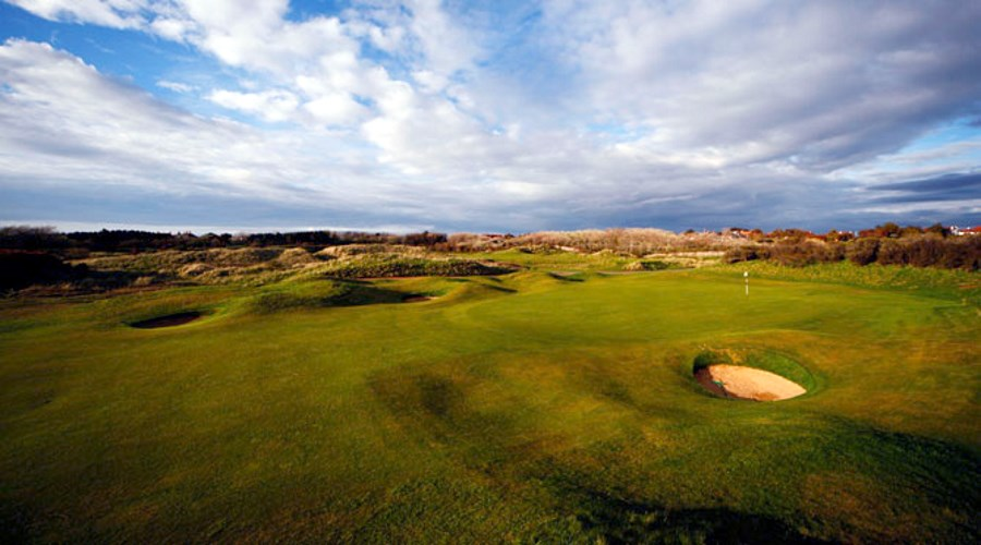 uk_golfcourse_royalbirkdale