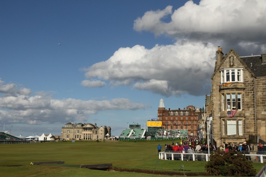 uk_golfcourse_st-andrews-oldcourse-02